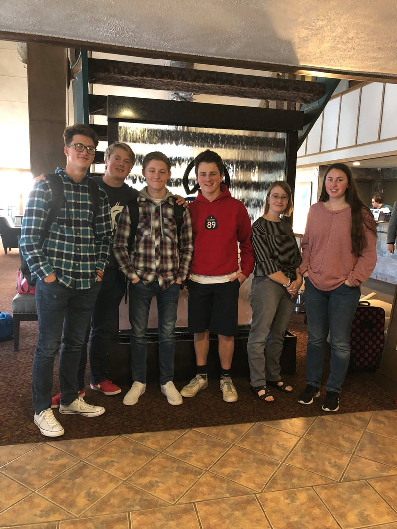 Several members of Hellgate BPA at the Fall Leadership Conference last year.  Photo courtesy of Weebly